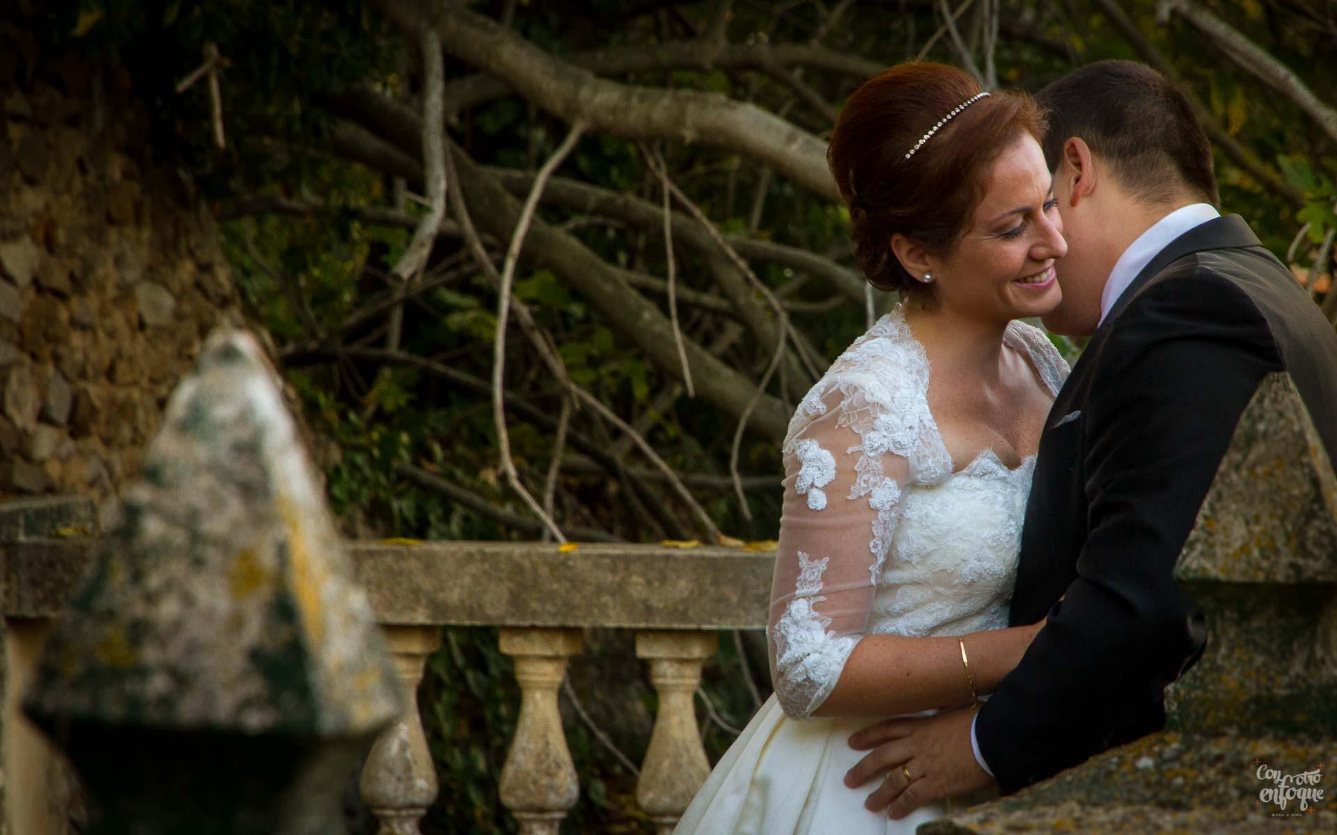 dudas sobre fotógrafos de boda en Valencia. Pareja de recién casados
