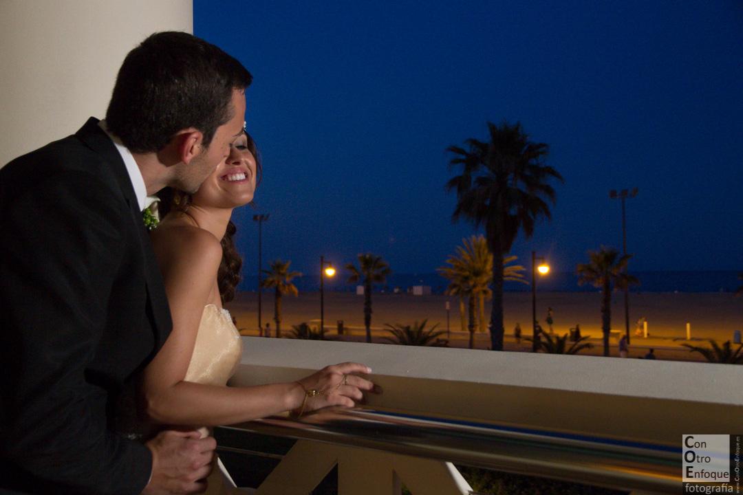 playa-Las Arenas-Balneario-Boda-wedding-Spain-love-beach-nigth