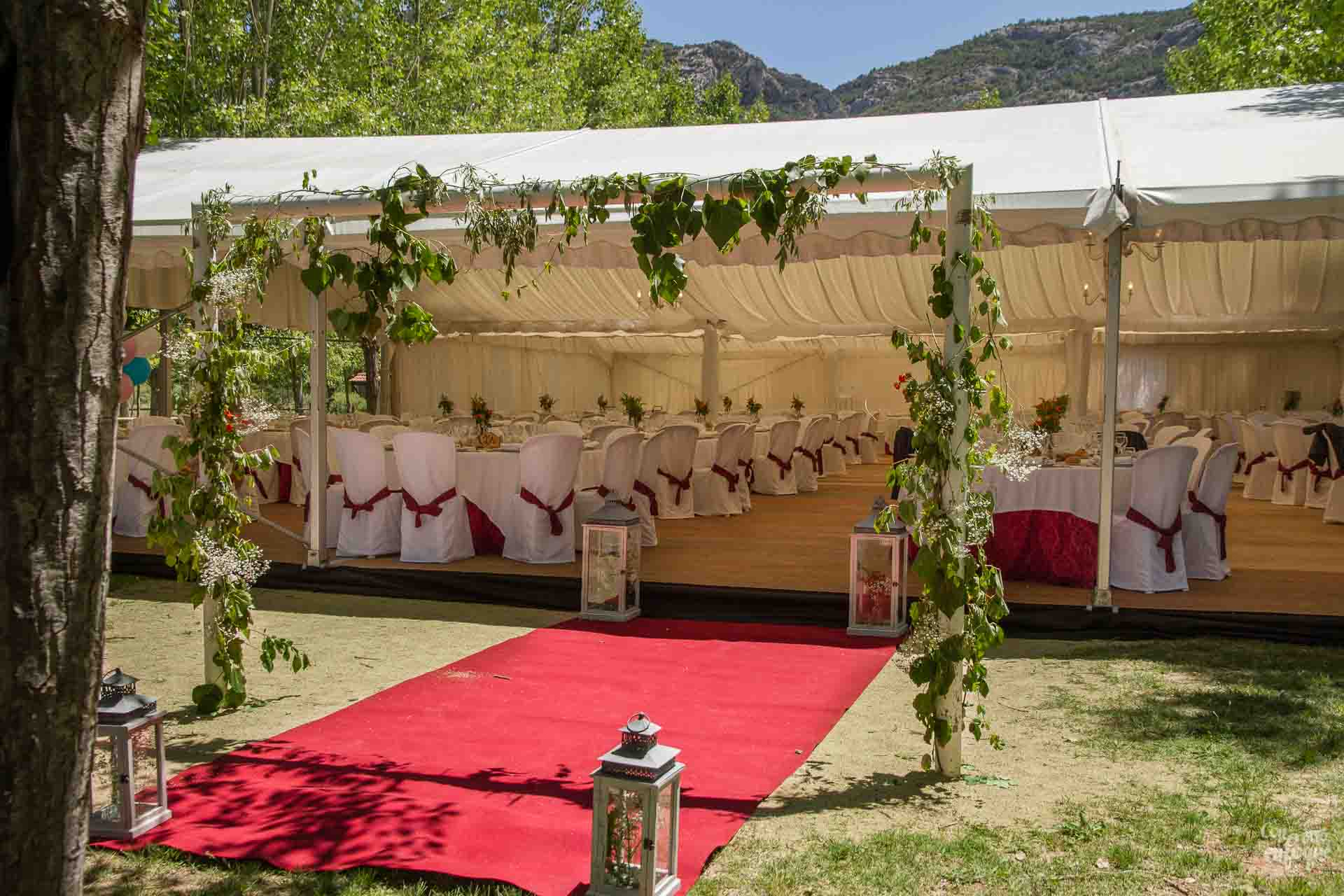 tu boda estilo camping glam. glamou en la naturaleza Teruel Boda al aire libre wedding