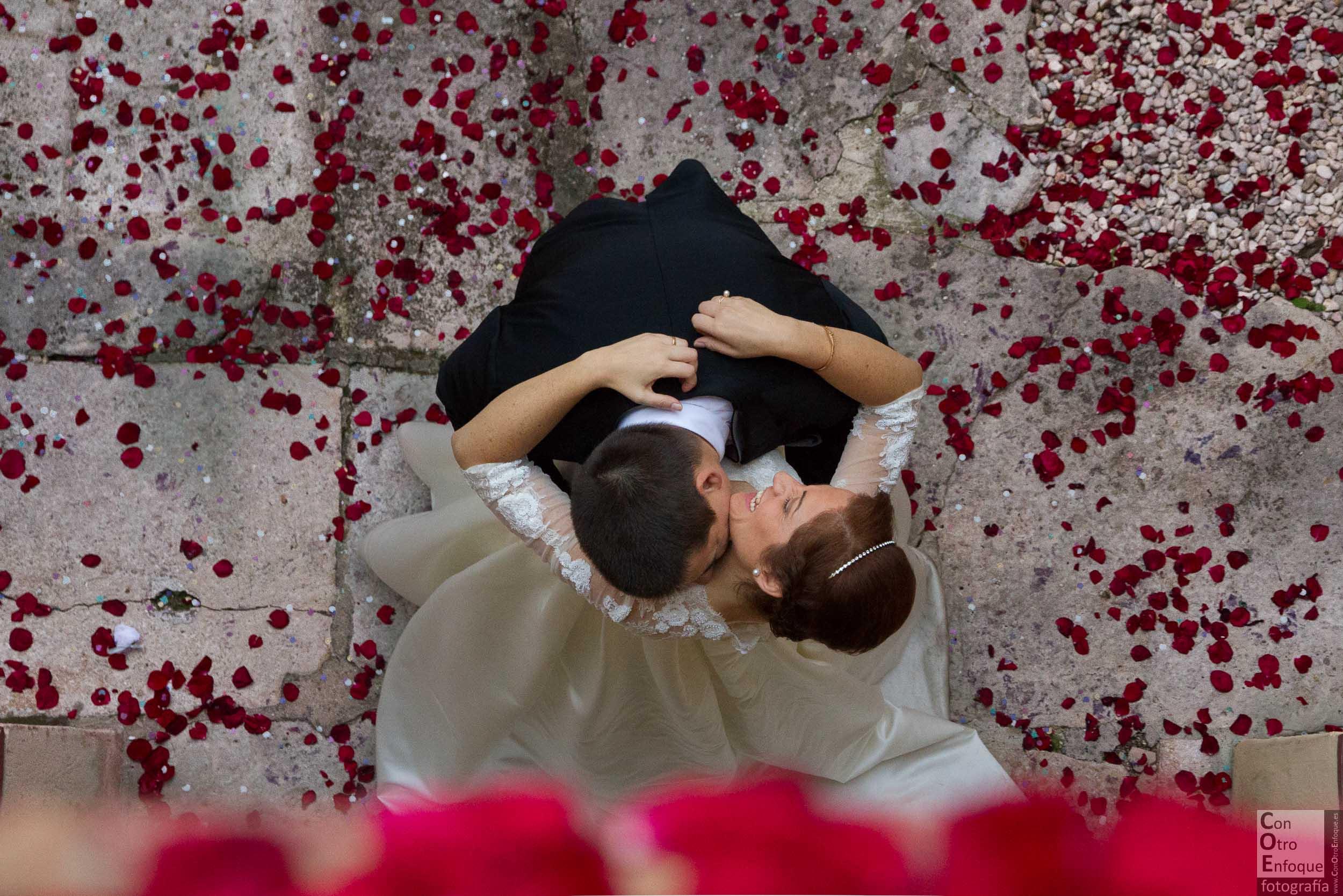 enamorados. boda-Aguas Vivas-Carcaixent-Valencia-Wedding-bridal-session-couple-love-loveday