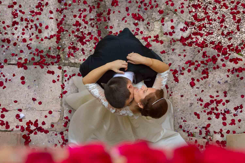 exposición fotográfica de boda Silencio y pétalos