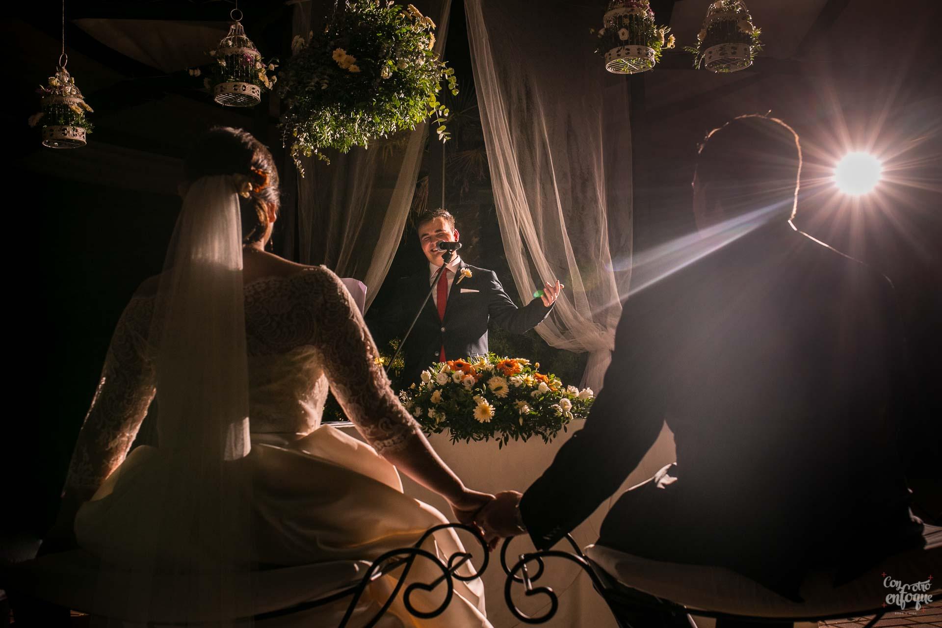 ceremonia civil de boda en hotel adhoc bétera