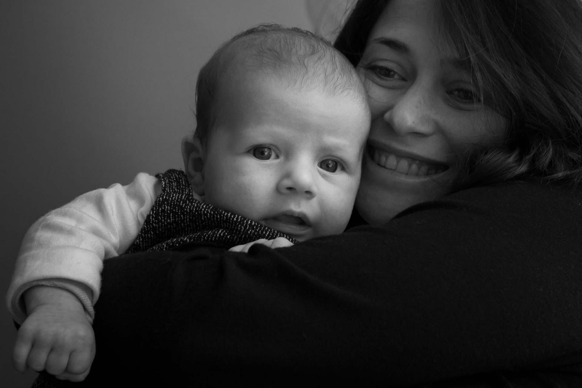 mamá y su bebé en Valencia. Fotos diferentes