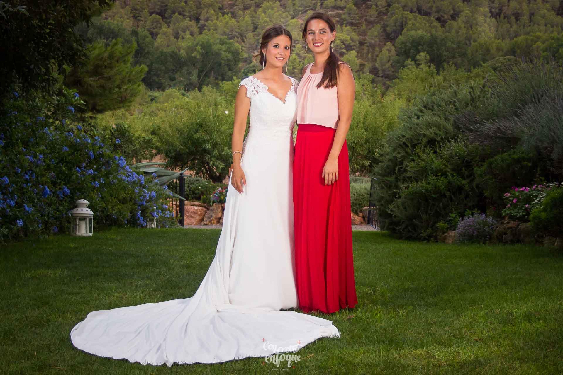 invitada perfecta con la novia