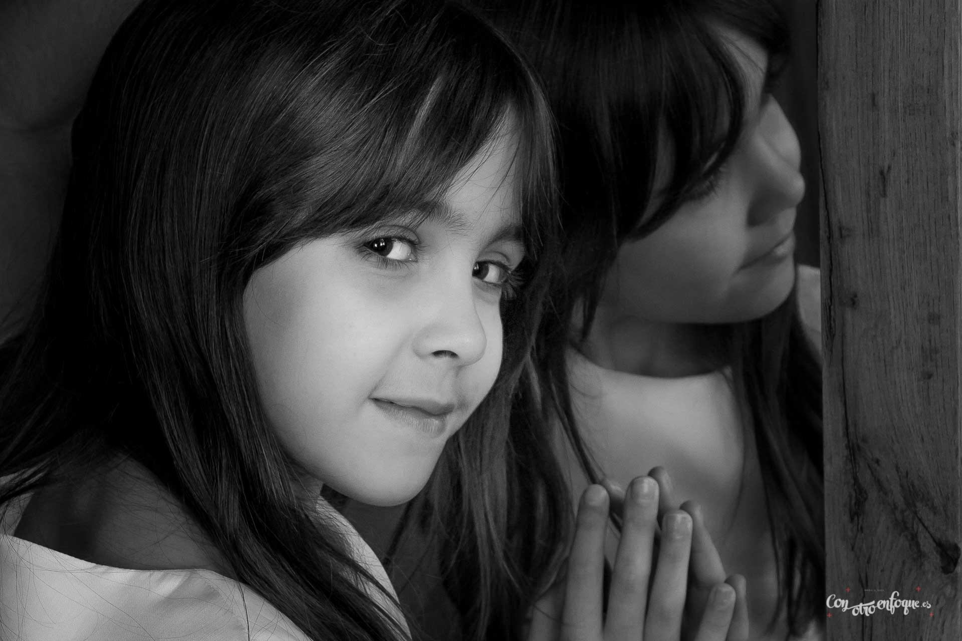retrato niña de Comunión en Torrefiel. Valencia